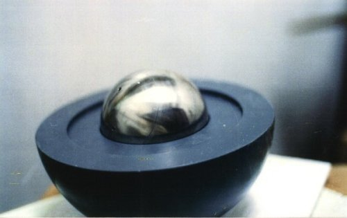 Laboratory model of nuclear weapons core