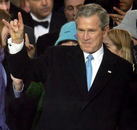 george_w__bush_gj_r_177820a