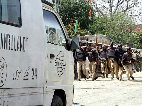 pakistan_police_10_512525a