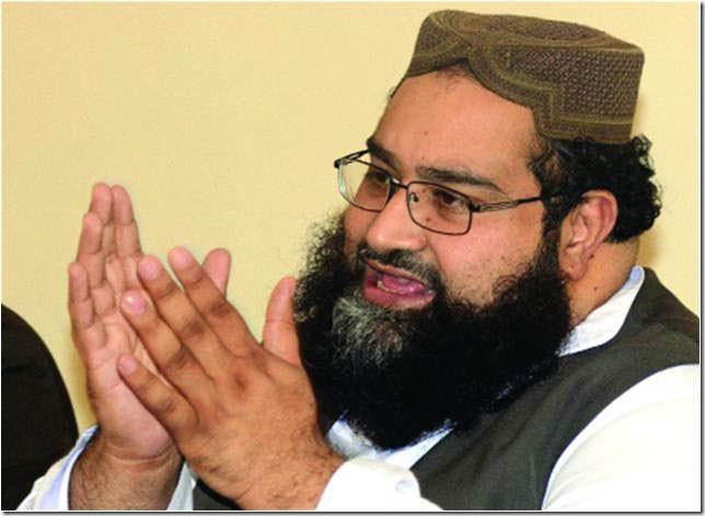 large-Hafiz Tahir Ashrafi addresses a press conference