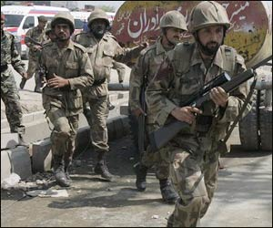 M_Id_114971_pak_forces