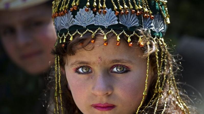 A Pakistani displaced girl Amina Bibi