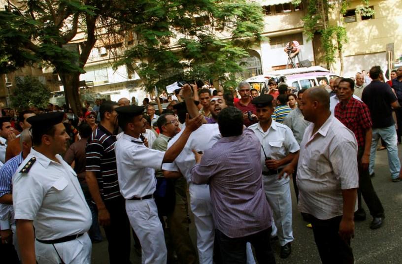 egyptian islamists fighting artists