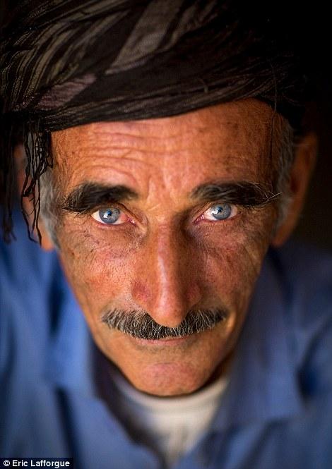 Kurdish eyes3