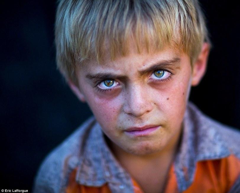 Kurdish eyes4jpg
