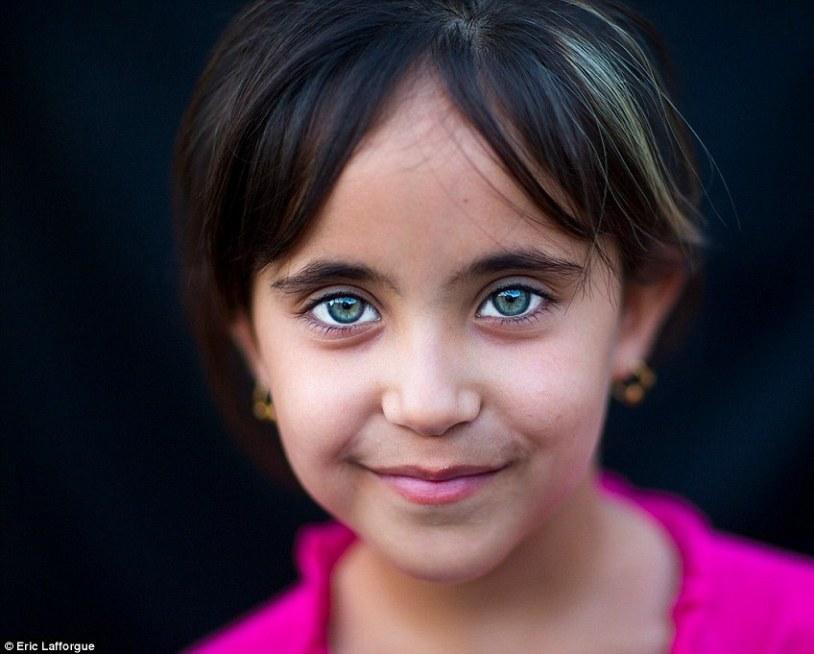 Kurdish eyes5