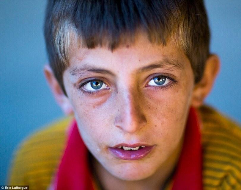 Kurdish eyes6