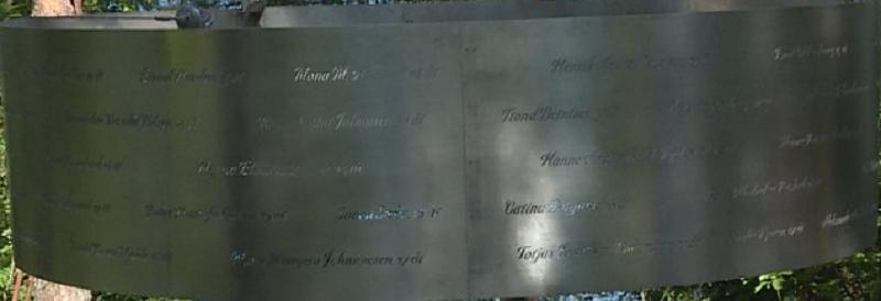 Utøya memorial2