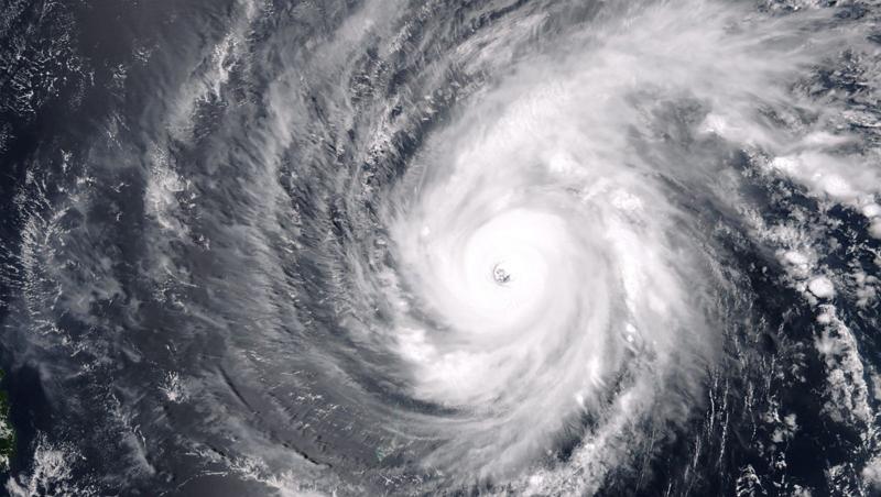 typhoon-maysak-e1470015966301